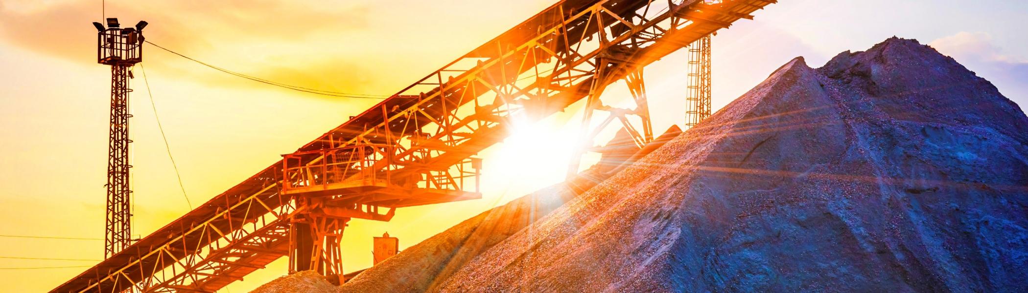 礦產相關產業